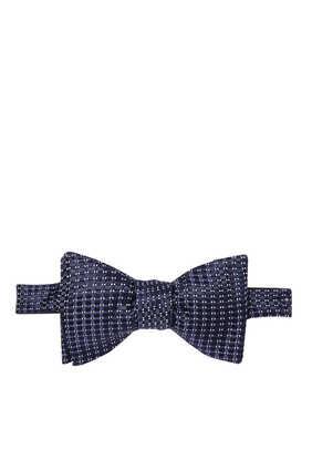 ربطة عنق فراشة حرير بنقشة هندسية