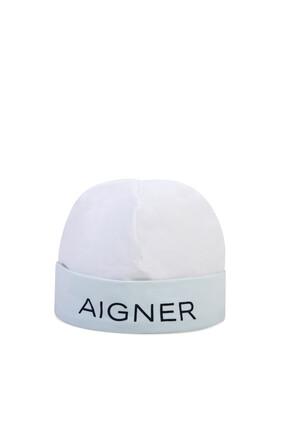 قبعة بطبعة شعار الماركة
