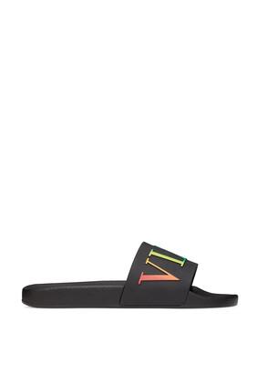 حذاء مفتوح مطاطي مزين بشعار VLTN