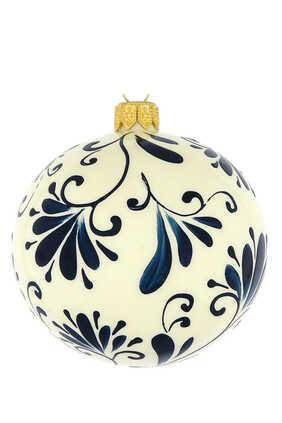 زينة بتصميم زهور لشجرة الكريسماس