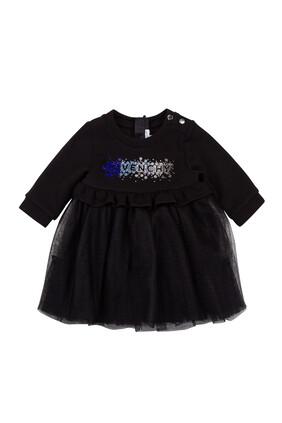 فستان بتنورة مزين بشعار الماركة