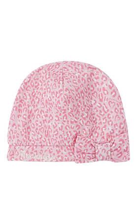 قبعة منقوشة بعقدة
