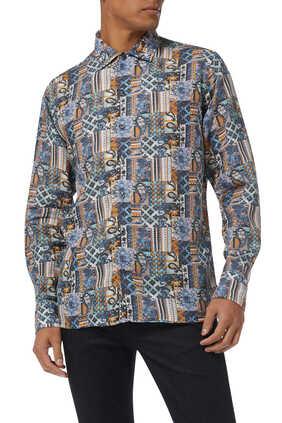 قميص كتان بنقشة مربعات بألوان فاتحة