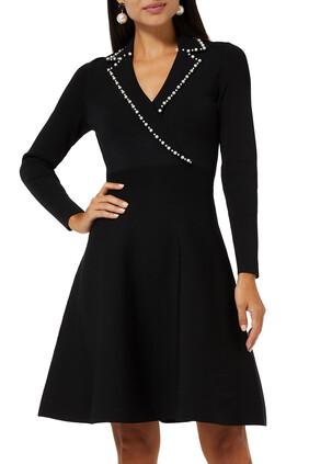 فستان منسوج بياقة قماش