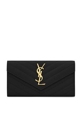 محفظة بغطاء قلاب وشعار الماركة
