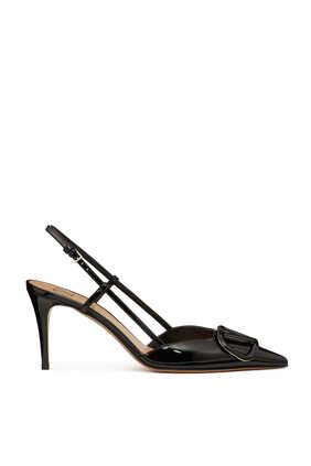 حذاء كلاسيك فالنتينو غارافاني مفتوح من الخلف بشعار حرف V