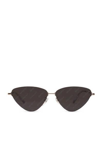 نظارة شمسية بتصميم عين القطة