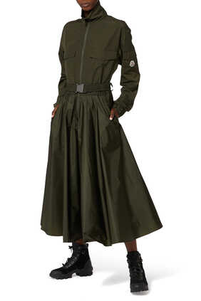 فستان متوسط الطول بحزام