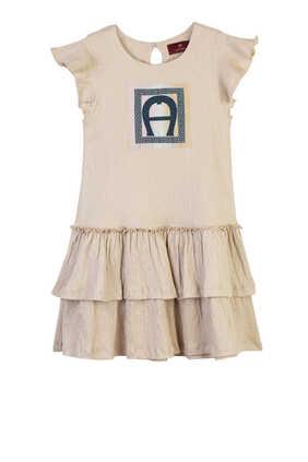 فستان بتنورة كشكش مزين بشعار الماركة