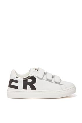 حذاء سنيكرز بشعار مخملي