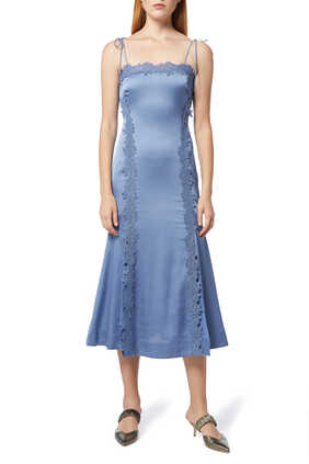 فستان ريساوند متوسط الطول