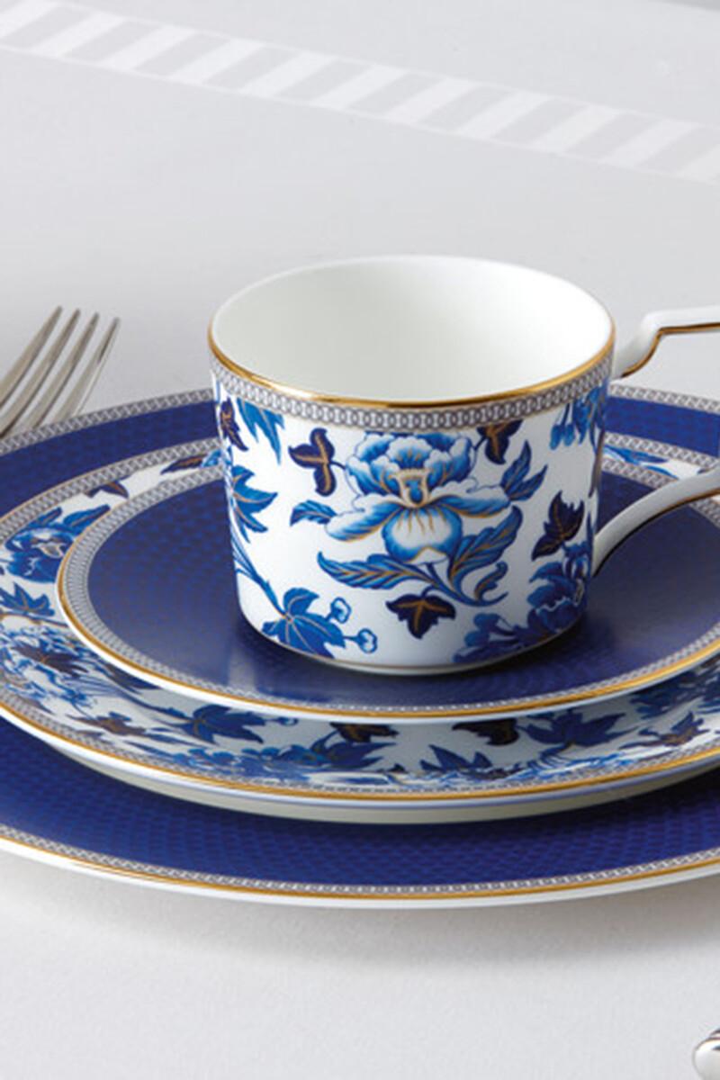 فنجان شاي وطبق هبيسكاس image number 2
