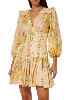 فستان أميلي بتصميم مشد