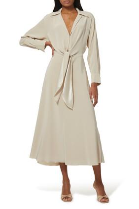 فستان بأكمام طويلة ورباط في الأمام