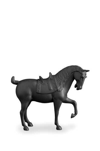 تمثال حصان متوسط الحجم