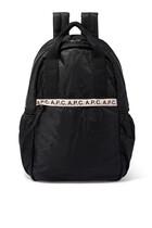 حقيبة ظهر بشعار الماركة متكرر