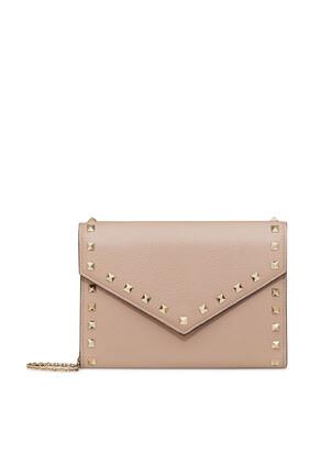 محفظة فالنتينو غارافاني مزينة بحلي هرمية