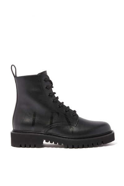 حذاء بوت كومبات بشعار VLTN فالنتينو غارافاني